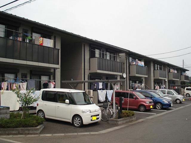 メゾンド・アランフェスA棟外観写真