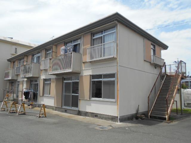 内田アパート外観写真