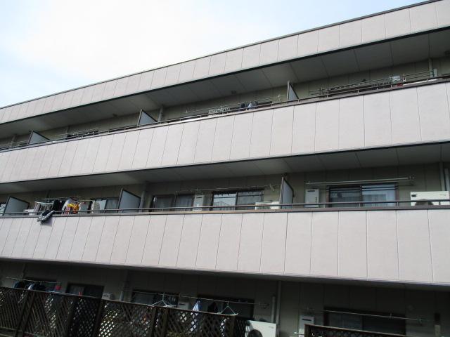 ルミエールB棟外観写真