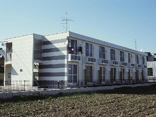 レオパレスLIRA外観写真