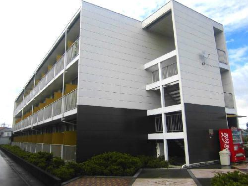 レオパレスアムール外観写真