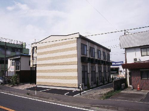 レオパレスNAKATSU外観写真