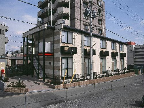 レオパレスフローラAI外観写真