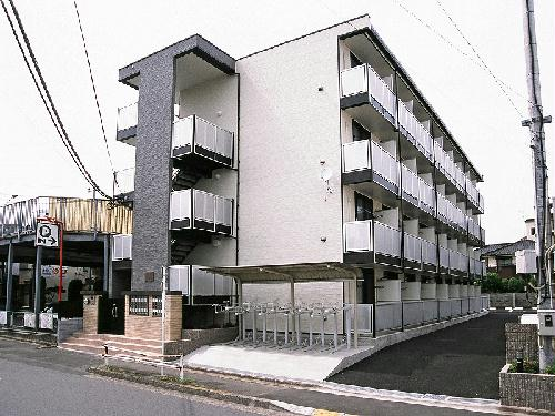 レオパレスYOSHIKO外観写真