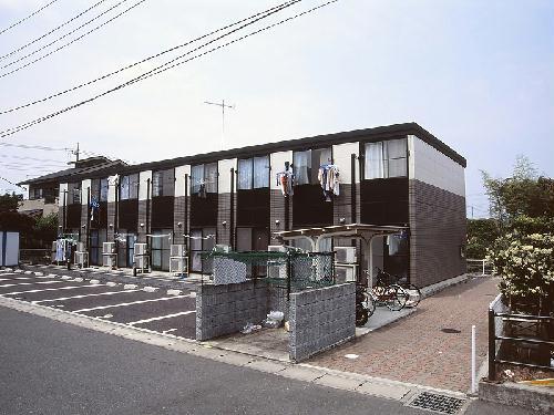 レオパレス小町B外観写真