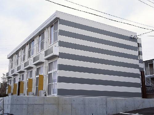 レオパレスカメリア五番館外観写真