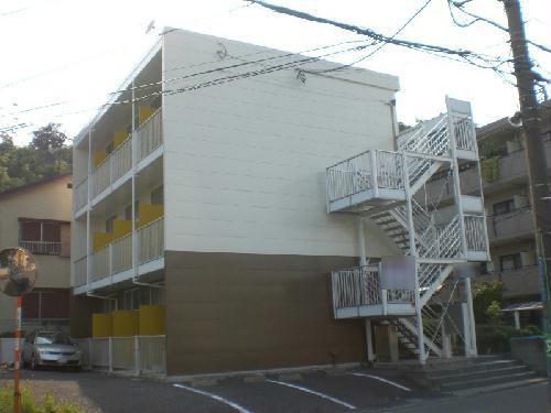 レオパレスボヌール外観写真