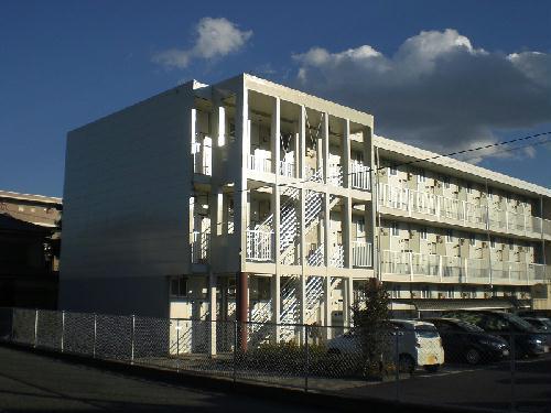 レオパレストリド外観写真