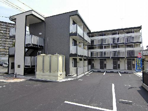 レオパレスグランディール外観写真