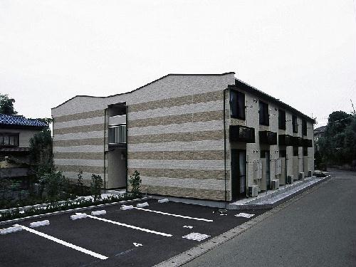 レオパレスi弐番館外観写真