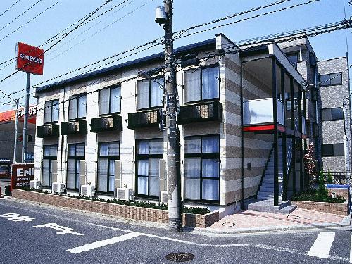レオパレス小松川Y&T外観写真