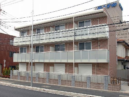 レオパレスアルビレオ外観写真