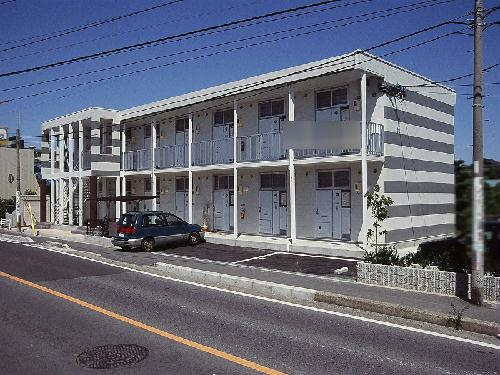 レオパレスカンフォタブル伊倉Ⅱ外観写真