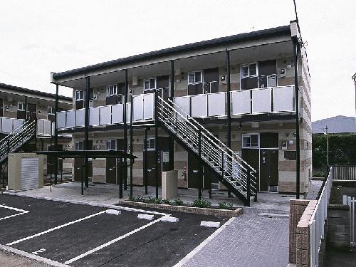 レオパレスブルーライト外観写真