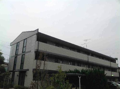 レオパレスパークハウスイマイ1外観写真