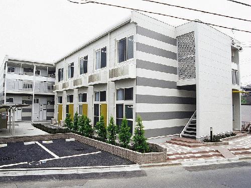 レオパレスsakura外観写真