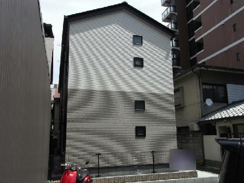レオネクスト壬生車庫前外観写真