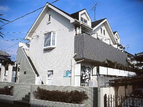 レオパレス東戸塚ヒルズ外観写真