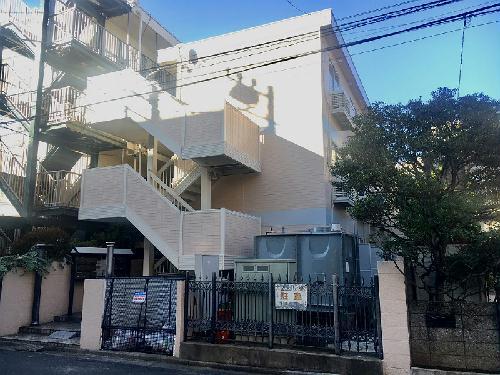 レオパレス相川マンション外観写真