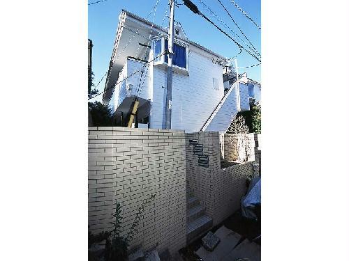 レオパレス白山第1外観写真