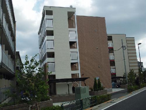 レオパレスフィーア外観写真