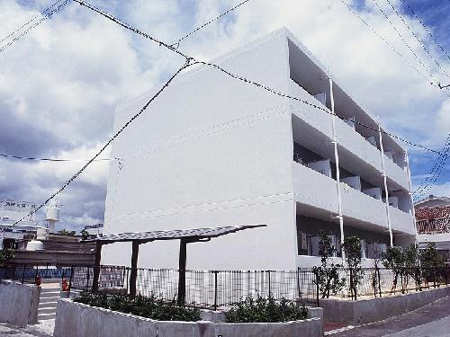 レオパレス壺屋外観写真