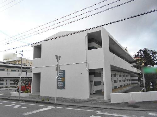 レオパレスサニーハウスうるまⅡ外観写真