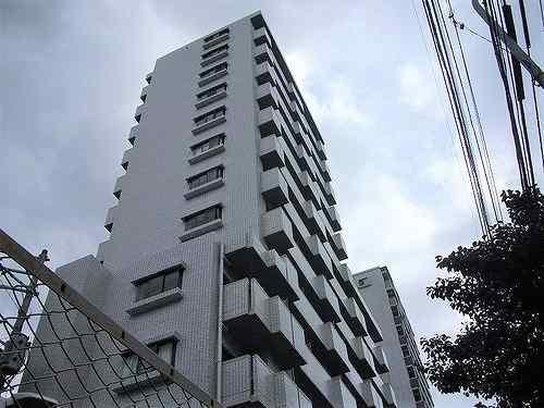 ライオンズマンション六本松第3外観写真