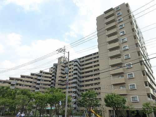 ローヤルシティ川口西外観写真