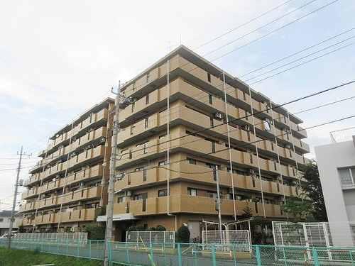 ライオンズマンション武蔵浦和外観写真