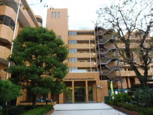ライオンズマンション鶴ヶ峰ガーデン外観写真