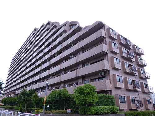 ライオンズガーデンシティ成田外観写真