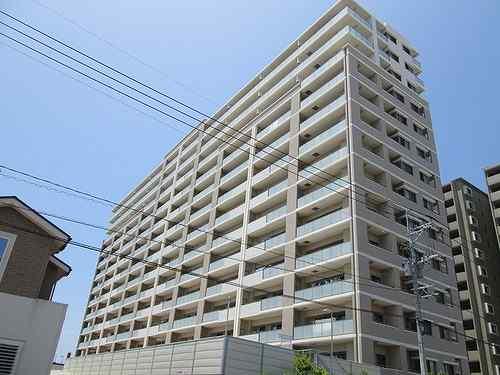 パーク・サンリヤン新宮中央駅前外観写真