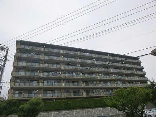 プリンスハイツガーデン湘南船越マグノリア館外観写真