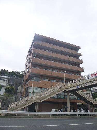 ライオンズマンションヨコハマ三ツ沢外観写真