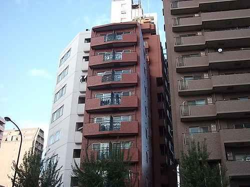 ライオンズマンション新宿第2外観写真