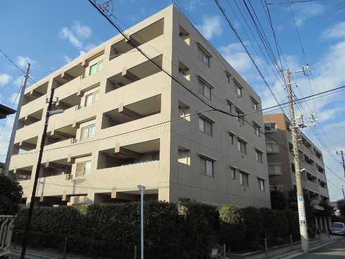ライオンズマンション武蔵新城緑園の街壱番館外観写真