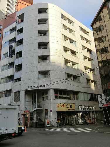 プラザ西新宿外観写真