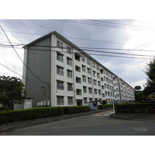 日野新坂下2号棟外観写真