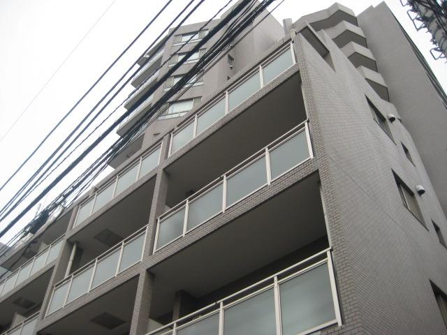 ヴィルラフィーネ東新宿外観写真