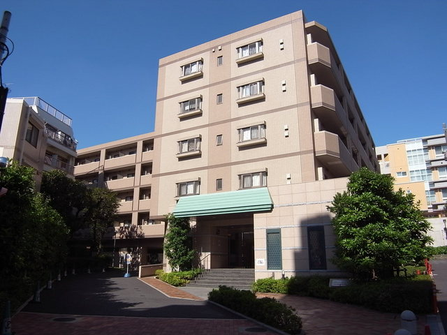 グランハイツ東新宿外観写真
