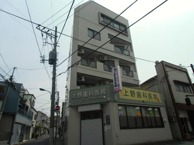 上野ビル外観写真