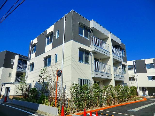 本町アパートメントE棟外観写真