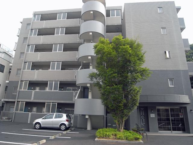 ガルファーサ新横浜外観写真