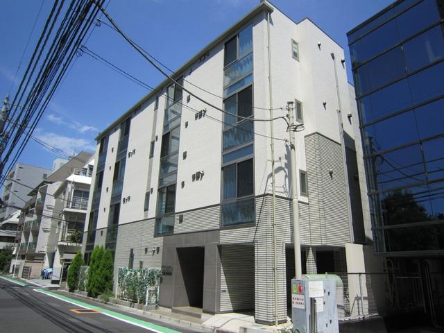 リベルタ東新宿外観写真