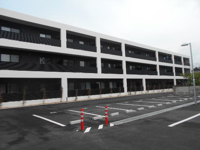 クレセール小川町外観写真