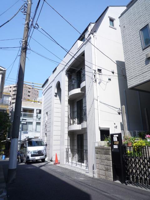 Courtyard Minami-Aoy外観写真