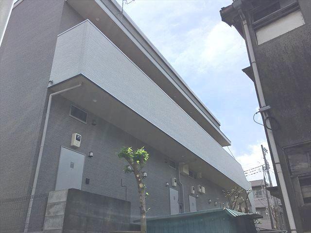YDB鶴間(ワイディービーツルマ)外観写真