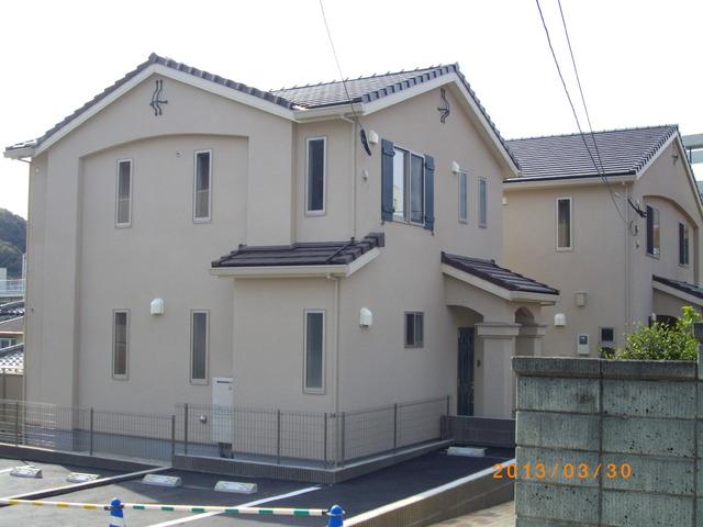 ヒルサイド寺塚A棟外観写真