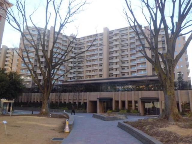 桜上水ガーデンズD棟外観写真